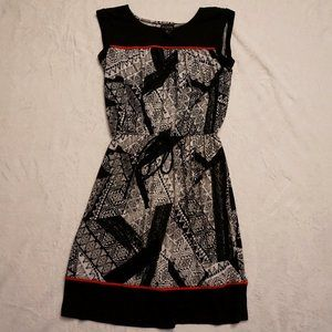 Black White Dress with Red accents, Waist Tie